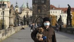 V Česku rastie počet nových nakazených, vírus sa šíri rýchlejšie