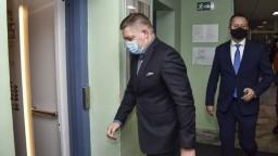 Fico vypovedal na polícii: NAKA je deravá ako ementál