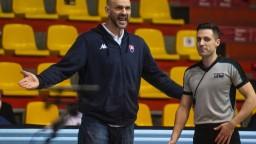 Naši basketbalisti otočili zápas proti Kosovu, poďakovali sa trénerovi