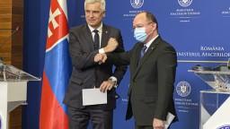 Prídu k nám zdravotníci z Rumunska. Pomôžu v boji s vírusom