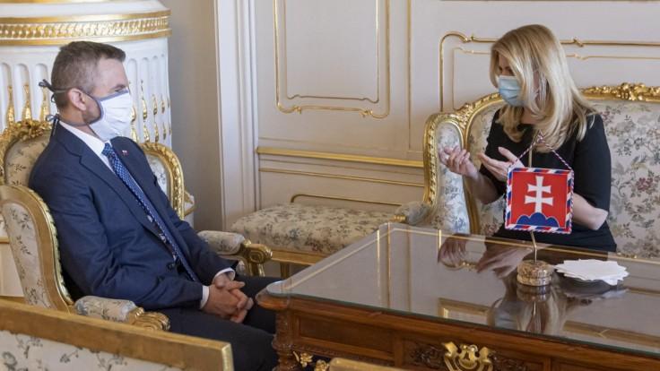 Pellegrini navštívil prezidentku. Vysvetľoval jej svoju výzvu