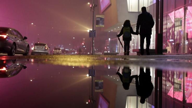 Meteorológovia upozorňujú na zvýšený smog v štyroch lokalitách