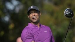 FOTO Tiger Woods zdemoloval pri nehode auto, stíhať ho nebudú