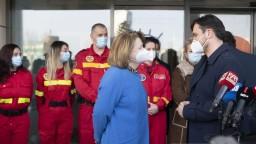 FOTO Zdravotníci z Rumunska sú už u nás, pomôžu s covidovými pacientmi