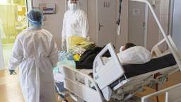 Pľúcne ventilácie zohnali v rekordne krátkom čase, situácia je kritická