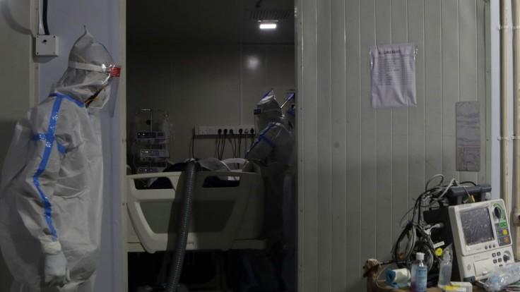 Nápor na nemocnice v Česku aj Maďarsku sa zvyšuje, chorí pribúdajú