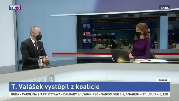 Tomáš Valášek v TA3 potvrdil, že poslancom ostáva