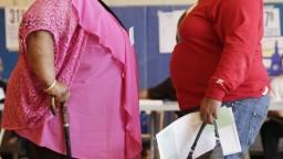 S nadváhou je priebeh ochorenia Covid-19 ťažší. Mnoho krajín má problém