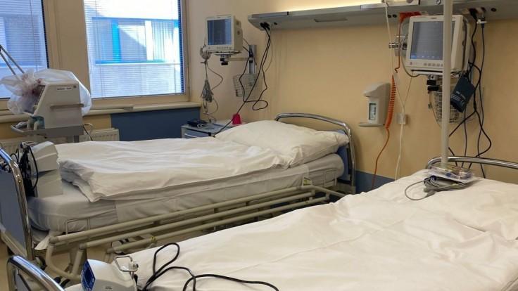Prvých slovenských pacientov previezli do poľskej nemocnice