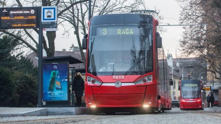 Cestujúci, pozor. Električky budú v Bratislave jazdiť pomenej