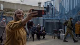 V Izraeli pokračuje návrat k normálu, otvárajú reštaurácie i školy
