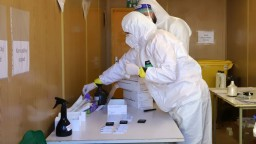 Koronavírus si na Slovensku vyžiadal ďalšie desiatky životov
