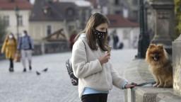 V Česku pribudli tisíce nakazených, situácia sa však mierne zlepšila