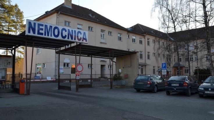 Juhoafrická mutácia je na Slovensku dlhšie, potvrdzuje smrť pacienta na Orave