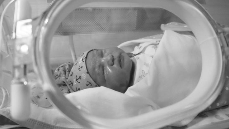 Nositeľné zariadenie by mohlo zlepšiť liečbu žltačky u novorodencov