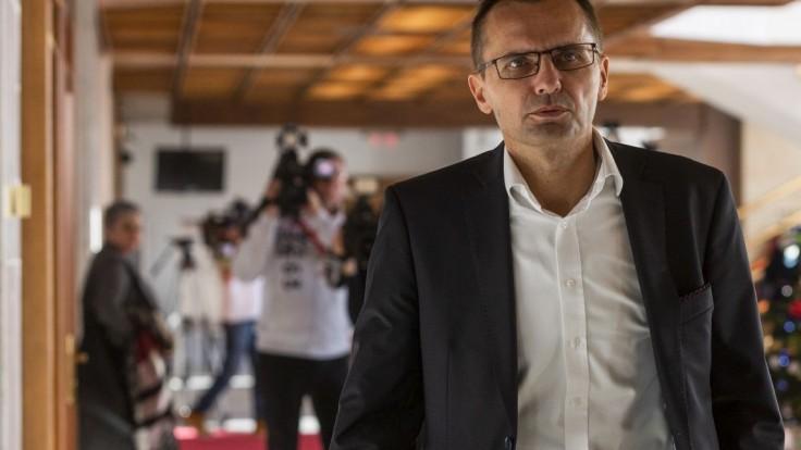 Exminisetr Galko obstál pred komisiou, ostáva na čele Leteckých opravovní
