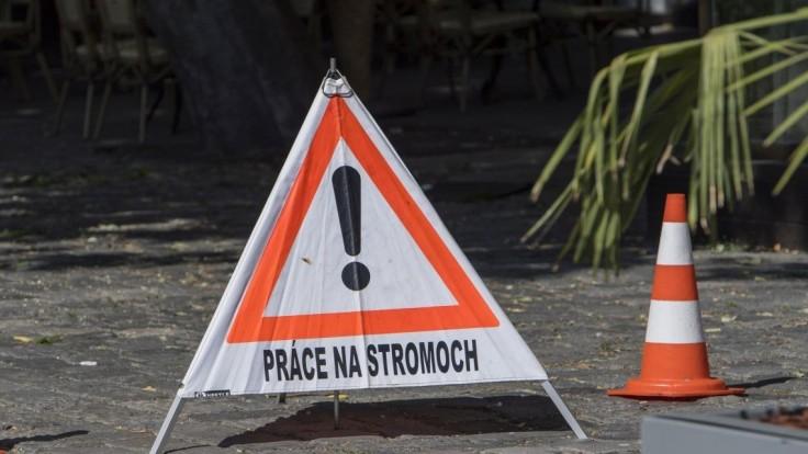 V Prešove sa zranil muž, údajne spadol z rebríka