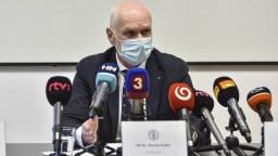 Lekárov pobúrili policajné kontroly, prípad má preveriť inšpekcia