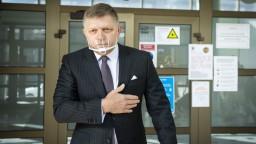 Fico o šéfovi tajných: Divadlo, ktoré zakrýva nečinnosť vlády