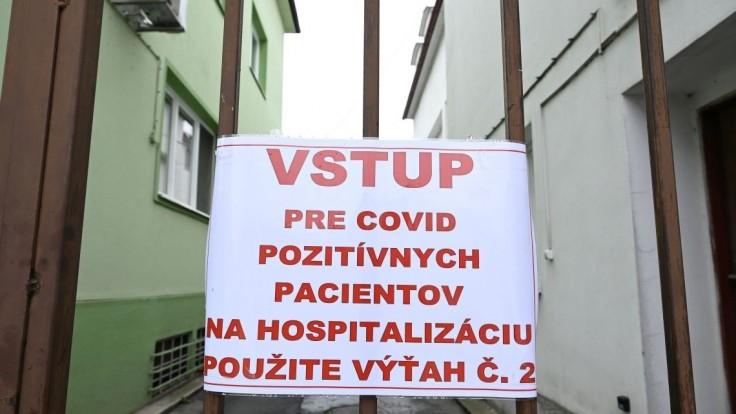 Niektoré nemocnice už nemajú voľné lôžka s pľúcnou ventiláciou