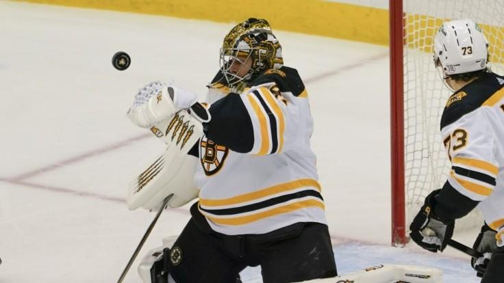 NHL: Boston zvíťazil nad Buffalom, Halák zlikvidoval 23 striel