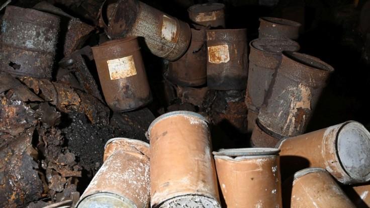 Odstránia toxický odpad z Chemka Strážske? Hasiči dostanú špeciálnu techniku