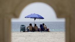 Od soboty sú dovolenky v zahraničí zakázané, avizovali kontroly