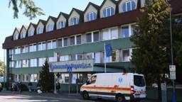 Nemocnica v Poprade je na pokraji síl, zažíva najväčší nápor