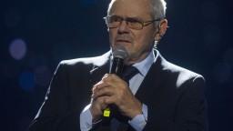 Nehazardujte s menom Slovenska, apelujú na politikov exministri