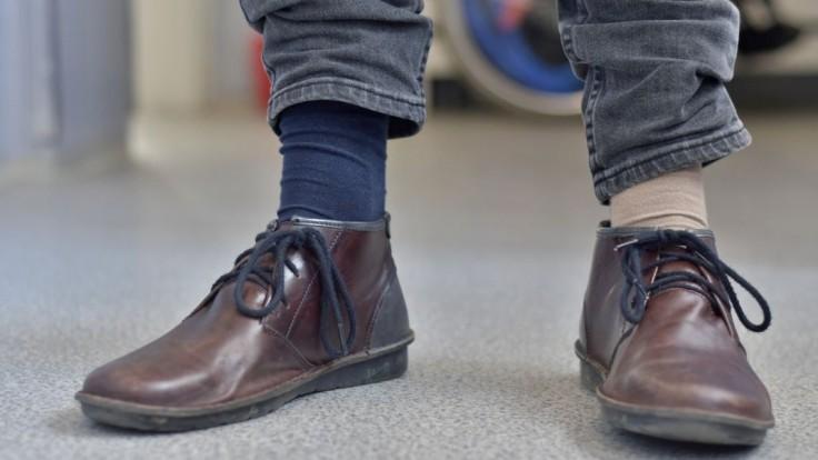 Rôznofarebné ponožky sú opäť symbolom dňa Downovho syndrómu