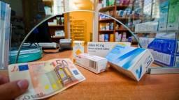 Poisťovne vracajú peniaze v rámci ochranného limitu na doplatky za lieky
