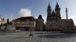 V Česku začnú očkovať chronicky chorých. Nakazených je menej