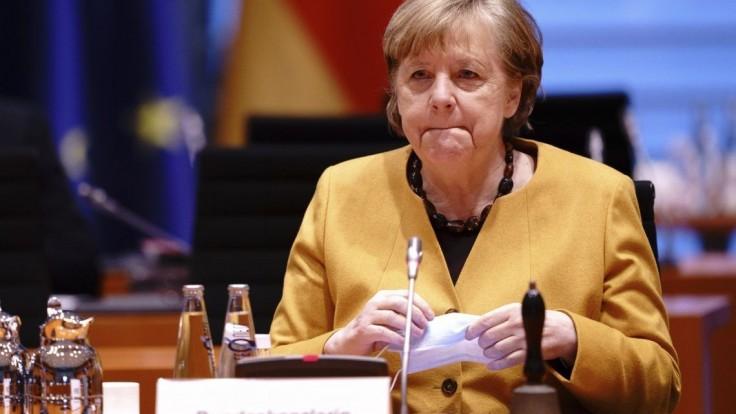 Nemci sa vrhli na letenky. Vláda zvažuje zákaz cestovania