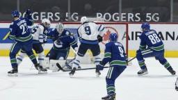 NHL: Copp hrdinom zápasu, nastrieľal kariérne maximum