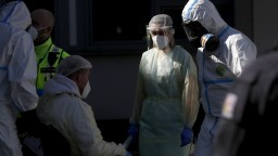 Koronavírus v Česku spomaľuje, čísla vyzerajú lepšie