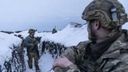 Prímerie je krehké, pri zrážkach v Donbase zahynuli ukrajinskí vojaci