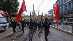 V Mjanmarsku zabili takmer stovku ľudí, protesty pokračujú