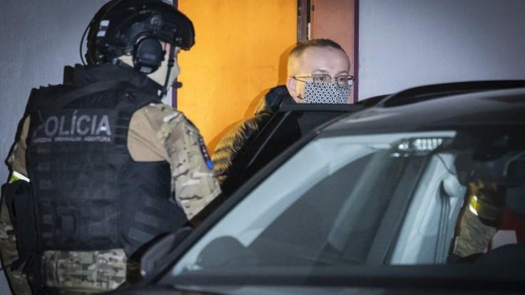 Najvyšší súd rozhodol, exriaditeľ SIS Pčolinský ostáva vo väzbe