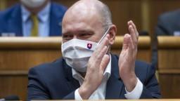 Exministri Sulík, Gröhling aj Kolíková sa vrátili do poslaneckých lavíc