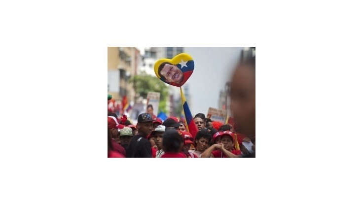 Centrum Caracasu zaplavili priaznivci Cháveza