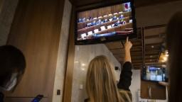 Núdzový stav odsúhlasil aj parlament. Dokedy potrvá?