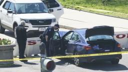 Poplach pred Kongresom. Auto vrazilo do bariéry, vodič a policajt sú mŕtvi