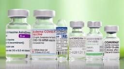 Ako pokračuje očkovanie Slovákov? Evidujú viac ako 100 vážnych hlásení