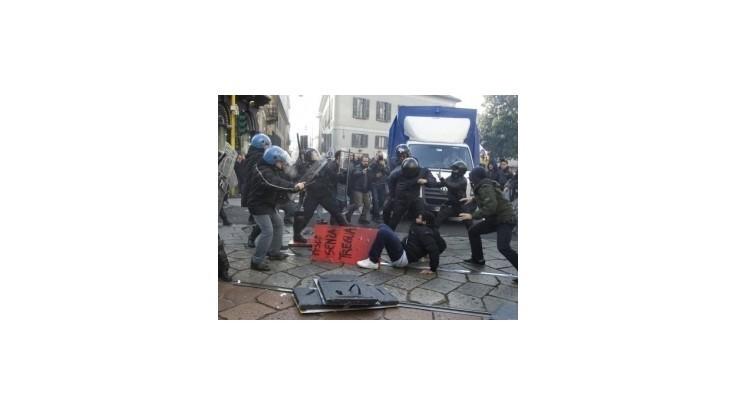 Protesty školákov v Taliansku prerástli do výtržností