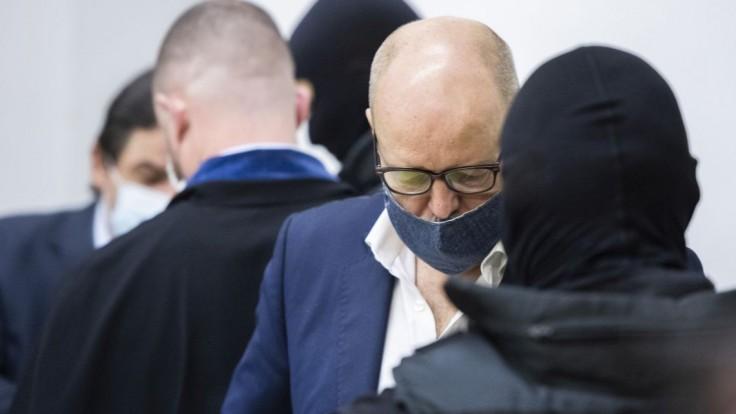 Súd s Pavlom Ruskom pre pandemické opatrenia znova odložili