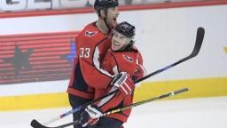 NHL: Washington sa s Chárom vrátil na čelo Východnej divízie