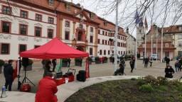 Nemci vyšli do ulíc, protestovali za sprísnenie pandemických opatrení