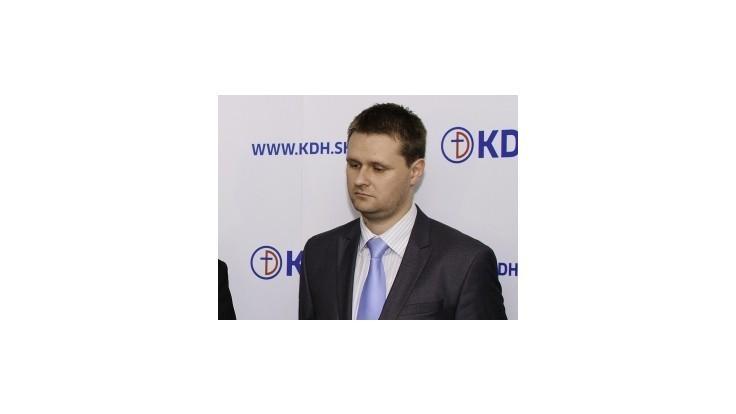 KDH: Vládu dobieha rozhodnutie zvýšiť odvody študentom