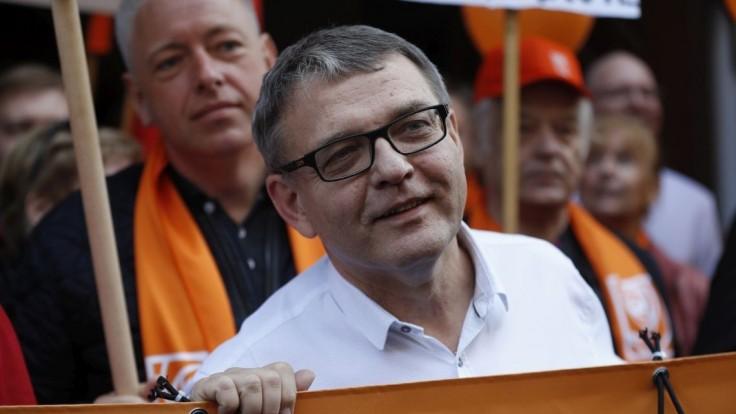 Česi hľadajú ministra zahraničia, najhorúcejší kandidát kritizuje Babiša aj Zemana