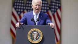Dianie na Ukrajine znepokojuje politikov, Biden varoval Putina